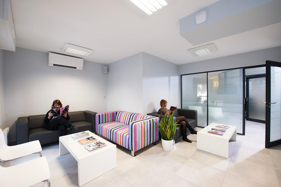 pr sentation de l 39 entreprise. Black Bedroom Furniture Sets. Home Design Ideas